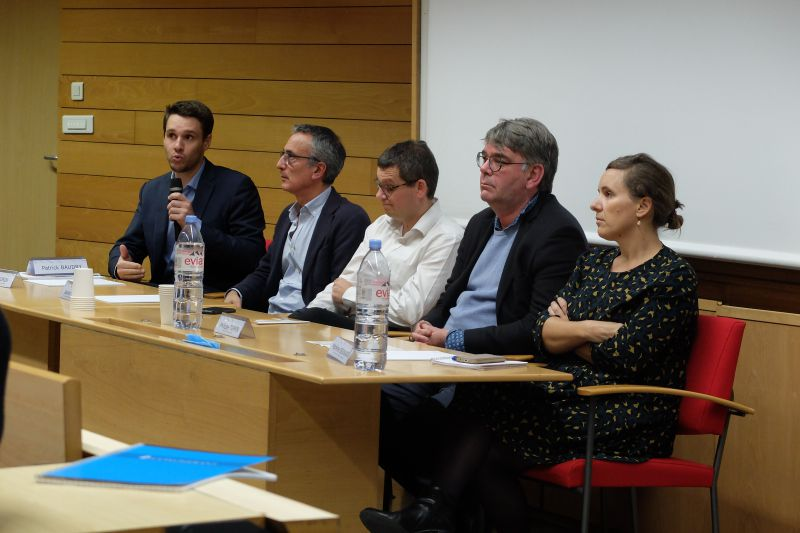 Les intervenants de la seconde table ronde